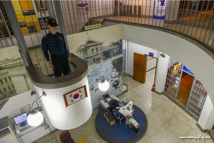 按圖片以查看大圖  名稱:警察體驗館-3.jpg 查看次數:0 文件大小:81.2 KB ID:2368148