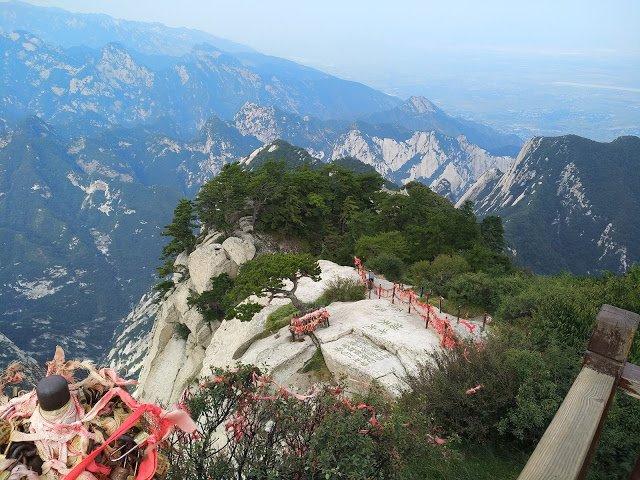 走!跟我一起去夜爬天下第一險的華山(上)
